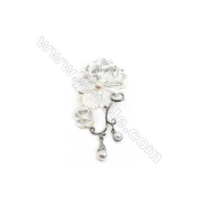 White Flower Mother-of-pearl Shell Brooch x 1Piece  Sterling Silver Plated  Size 34x52mm