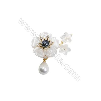 White Flower Mother-of-pearl Shell CZ Brooch x 1Piece  Gold Plated  Size 27x39mm